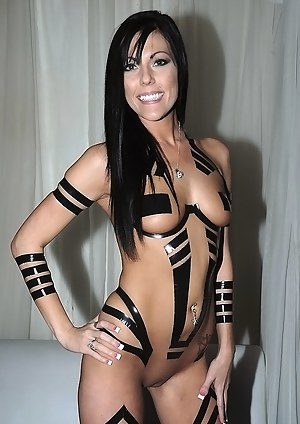 MILF Cosplay XXX Pictures