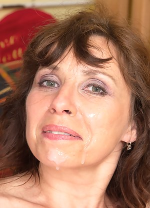 MILF Facial XXX Pictures