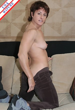 Muscle MILF XXX Pictures