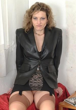 MILF Leather XXX Pictures