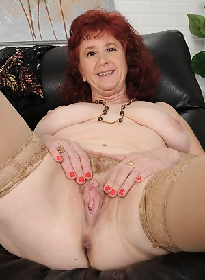 Old Pussy XXX Pictures
