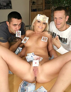 MILF Money XXX Pictures