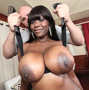 Black MILF Big Tits XXX Pictures