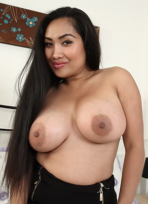 Asian MILF XXX Pictures